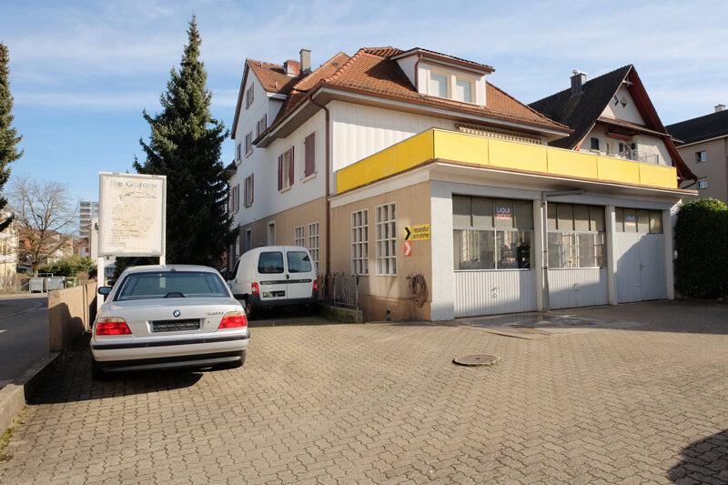 Fassade 1 Verkauf Gewerbehaus mit Wohnunge in Schlieren